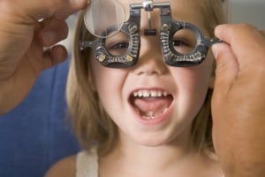Kids-Eye-Doctor-in-Irvine-Childrens-Eye-Center-OC